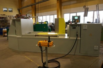 Straightening and bending machine